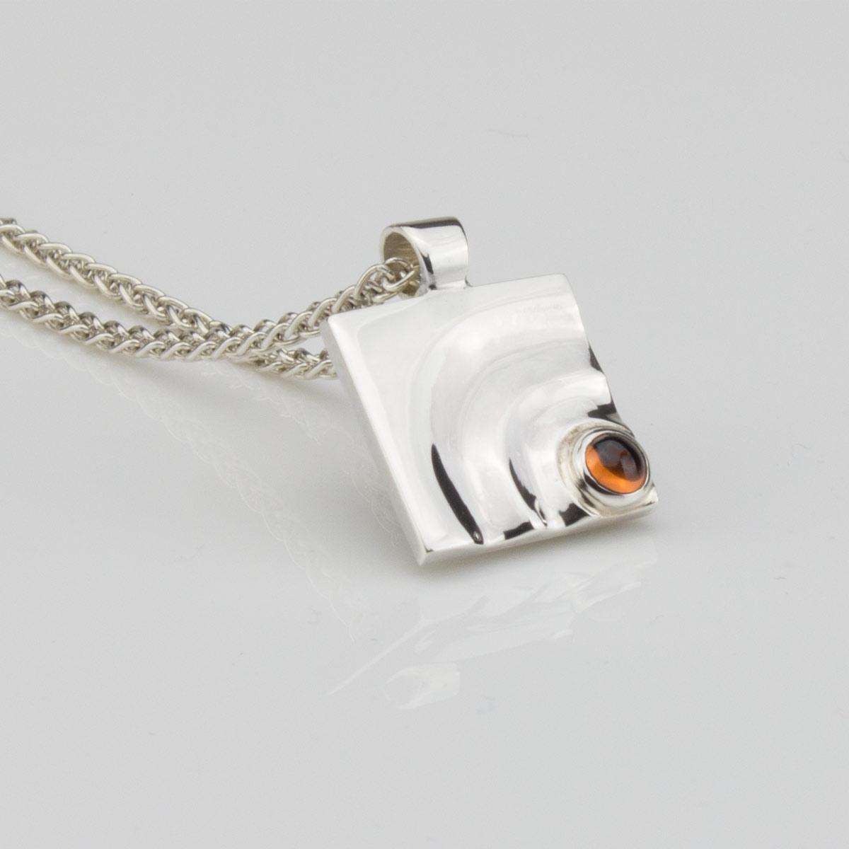 Anhaenger-Silber-Granat