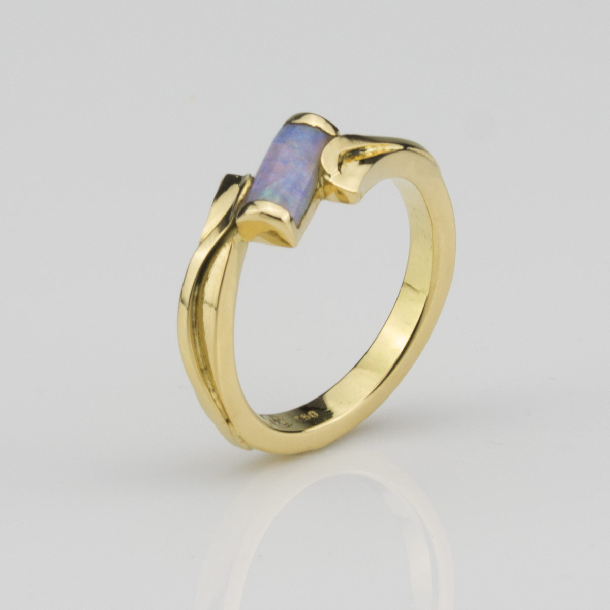 Ring-Gold-Opal
