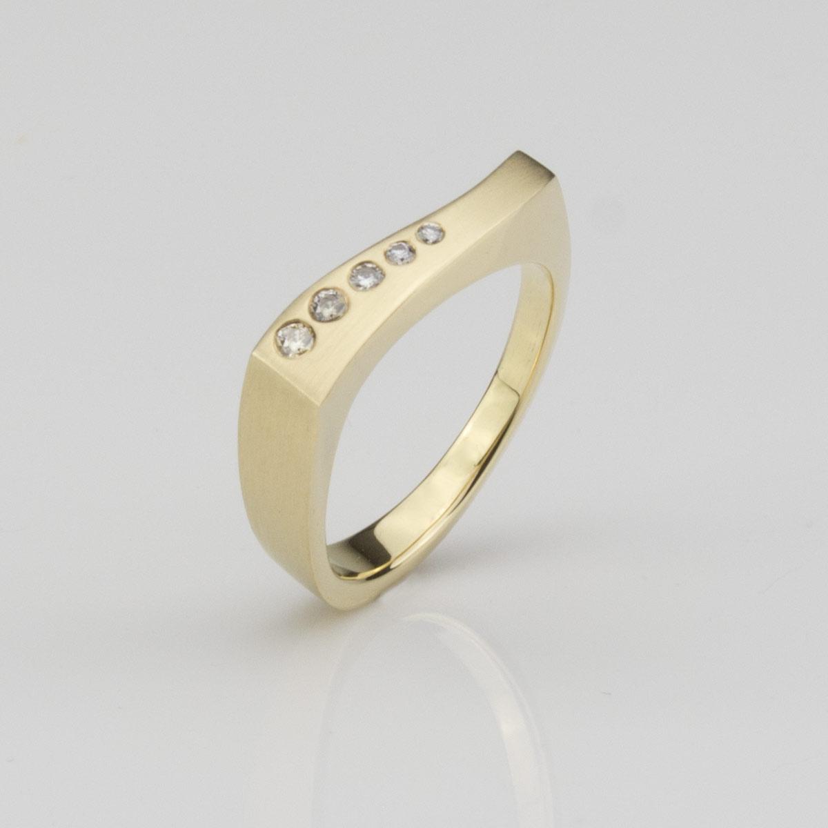 Ring-Gold-Brillant1