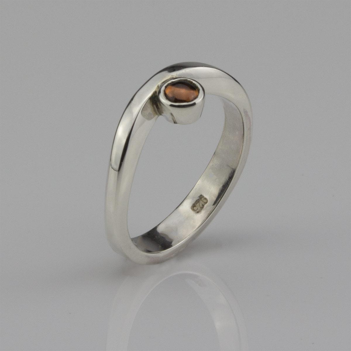 Ring-Silber-Granat